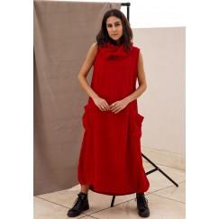 Sleeveless dress red