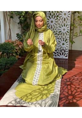Green Palm Scarf Prayer Set