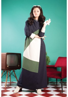 Color Blocked Kamaya in Navy