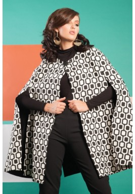 Chic Cape in Off White and Black Pattern