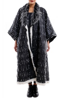 Feather bisht