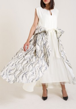 Sleeveless Creamy Dress