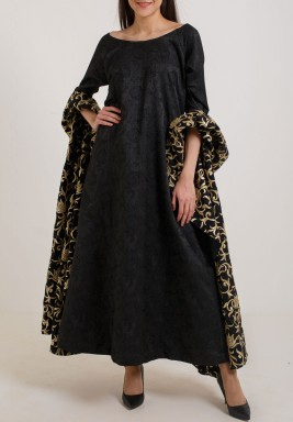 Dramatic sleeve kaftan