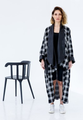 Black & White Checked Leather Collar Bisht