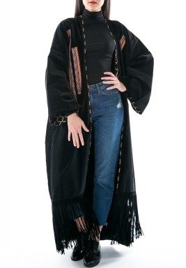 Wicked black bisht