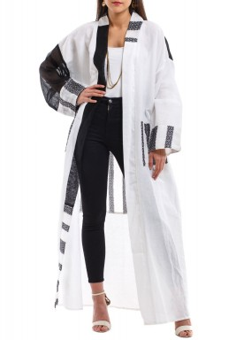 Breezy black & white bisht