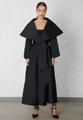 Black Raw Silk Oversized Collar Abaya