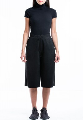 Black Wide Leg Short Pants
