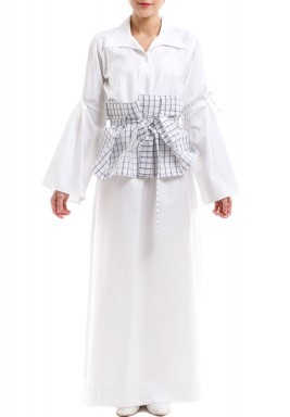 White Kaftan With Checked Ruffled Belt