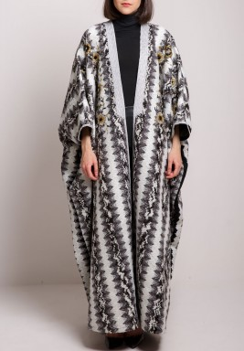 Black & White Oversized Printed Bisht