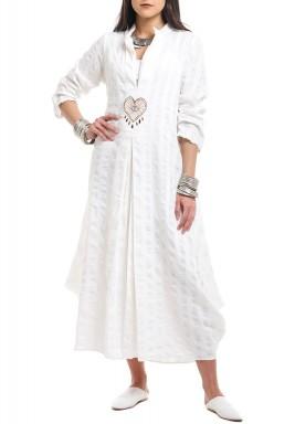 White Heart Embroidered Kaftan - Preorder