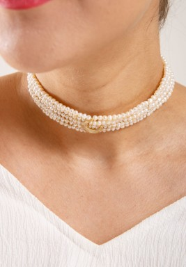 Crescent off white choker
