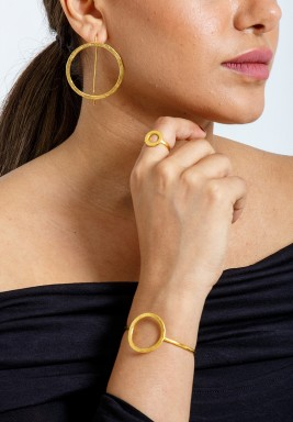 Gold Circle Set Of A Bracelet & Ring & Earrings