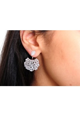 Cubic earrings white