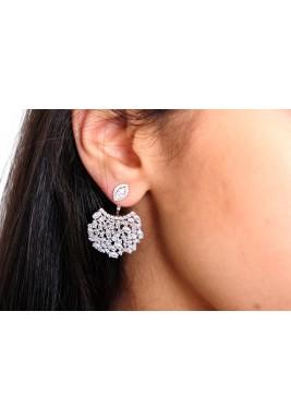 Cubic earrings white