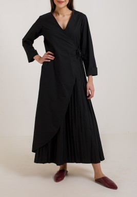 Pleated Wrap Dress Black