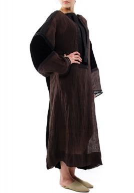Wrinkly dark dress