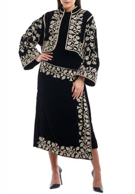 Black Embroidered Long Sleeves Jacket
