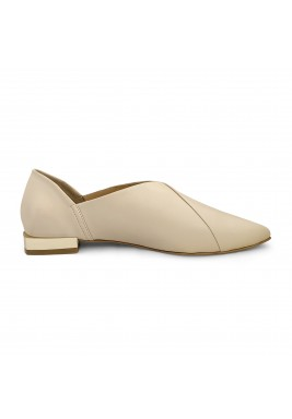 Jood Creamy Pointed Toe Loafers