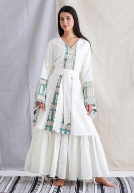 White & Green Wide Sleeves Kaftan
