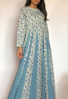 Mahawi Blue Floral Pleated Kaftan