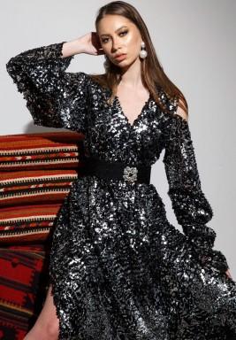 Couture kaftan tartar