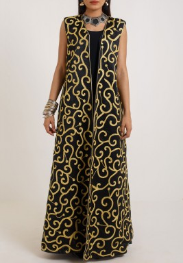 Black Embroidered Maxi Bisht