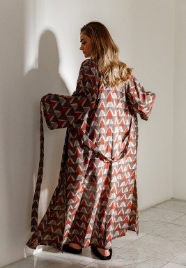 Black Triangles Print Slit Robe