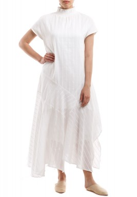 White Ruffled High-Neck Kaftan
