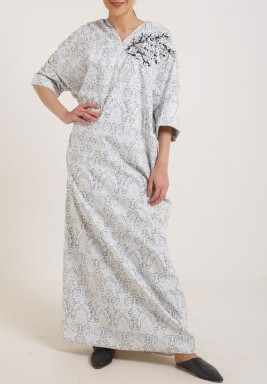 Grey back bow kaftan