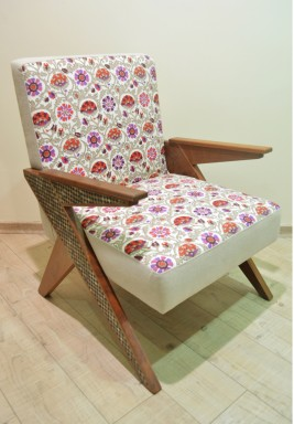 Z Chair with Wood and Mother of Pearl