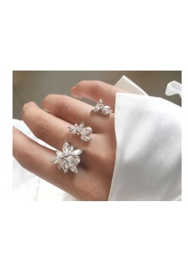 Triana slider ring