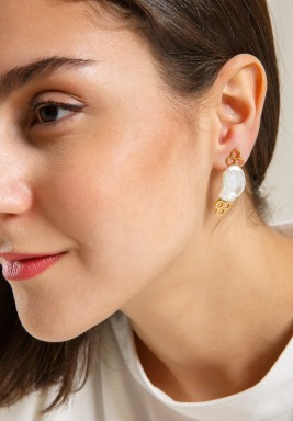 Nectar pearl earrings