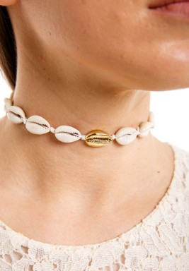 Cowrie shell choker White rope