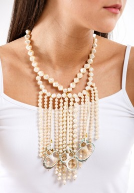 White Big Shell Necklace -Pre order
