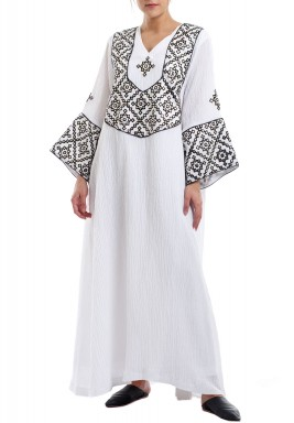 White Embroidered Long Sleeves Kaftan