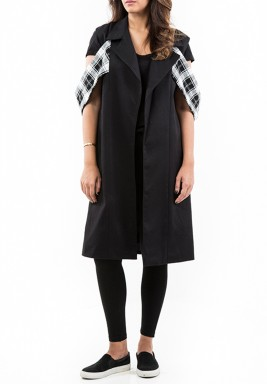 Black Sleeveless Checked Details Vest
