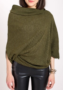 Asymmetric knitted jumper