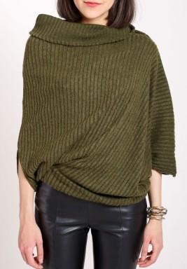 Asymmetric knitted jumper