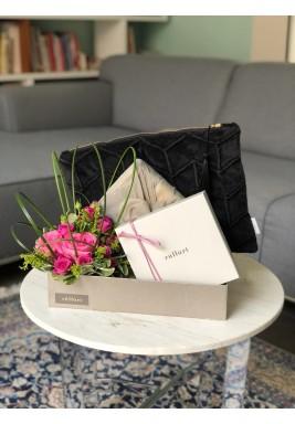 Velvet pouch set black