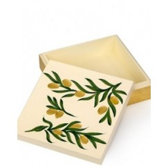 صندوق خشبي منقوش برسم يدوي  حجم صغير نمط زيتوني