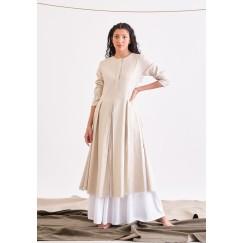 فستان ابيض و بيج بحاشية مزدوجة