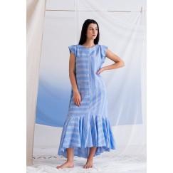 فستان أزرق مخطط برفرفات