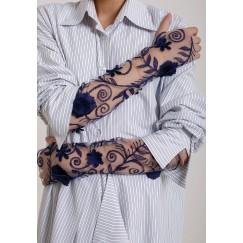 لفافة ذراع مزكرشة بالورد