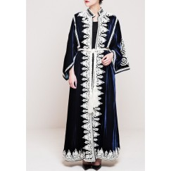 Traditional heavy bisht