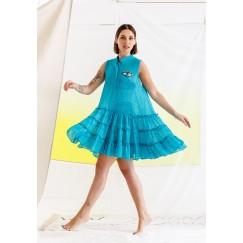 فستان بحر أزرق بتطريز عين