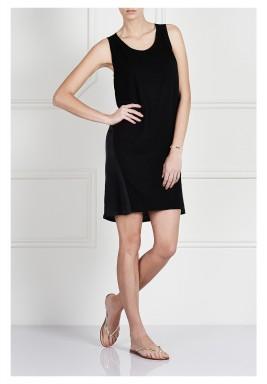 فستان بانيلد باللون الأسود