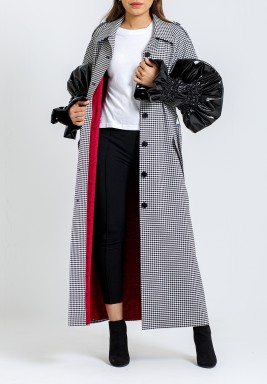 Gathered leather sleeve coat