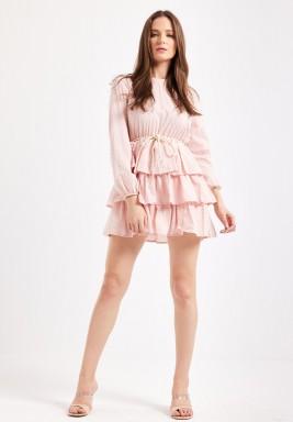 فستان وردي قصير برفرفات