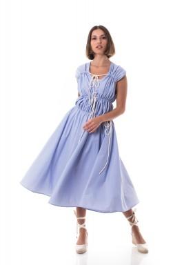 فستان أزرق مخطط متوسط الطول